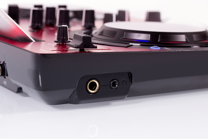 DJ-контроллер Pioneer DDJ-WeGO3