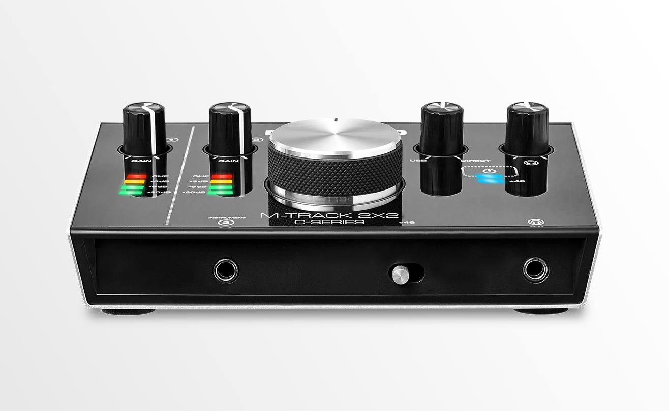 M-Track 2X2 Vocal Studio Pro — готовый комплект для звукозаписи ...