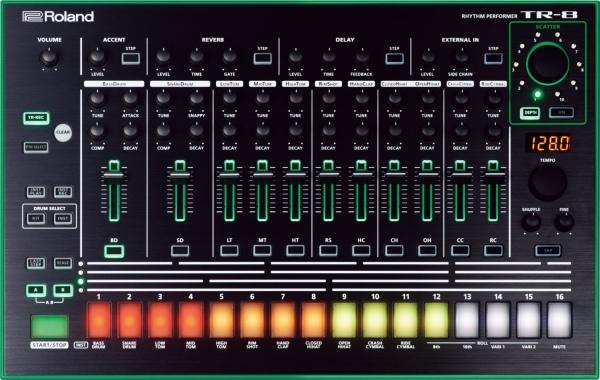 Ритм-машина Roland TR-8